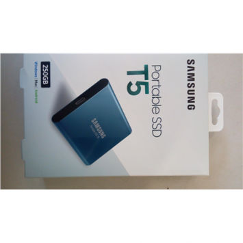 "SALE OUT. Samsung MU-PA250B/EU Portable SSD T5, 250GB, USB up to 540 MB/s Samsung Portable SSD T5 250 GB, 2.5 "", USB 3.1, Blue, DAMAGED PACKAGING"