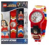 Clock with embedded Wonder Woman™ minifigure  20,00